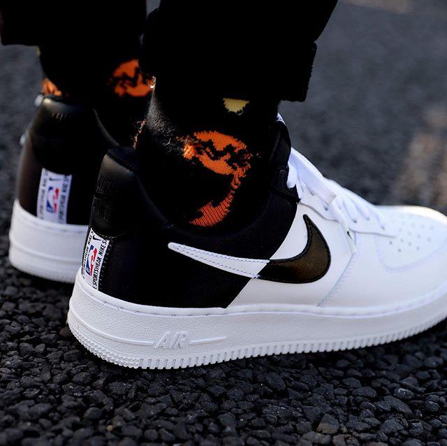 f:id:sneakerscaffetokyo:20191007082346j:plain