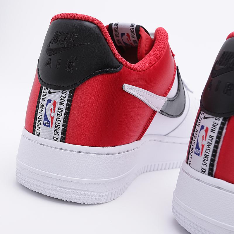 f:id:sneakerscaffetokyo:20191007083152j:plain