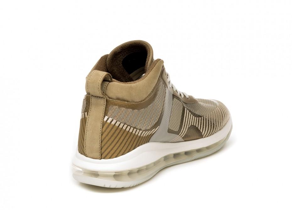 f:id:sneakerscaffetokyo:20191008111847j:plain