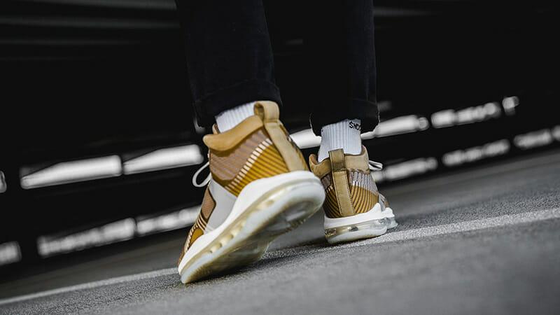 f:id:sneakerscaffetokyo:20191008112322j:plain