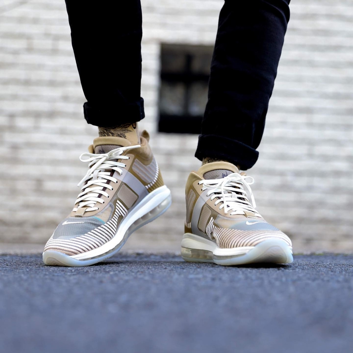 f:id:sneakerscaffetokyo:20191008112334j:plain