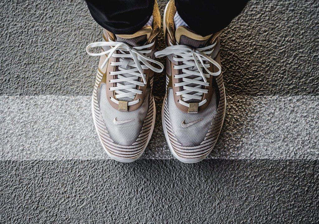 f:id:sneakerscaffetokyo:20191008112403j:plain