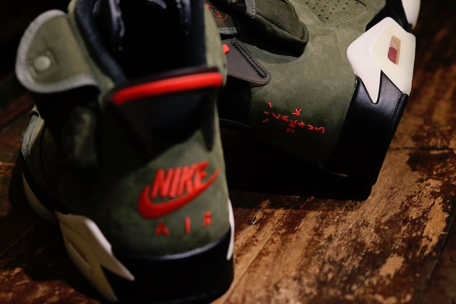 f:id:sneakerscaffetokyo:20191009175124j:plain
