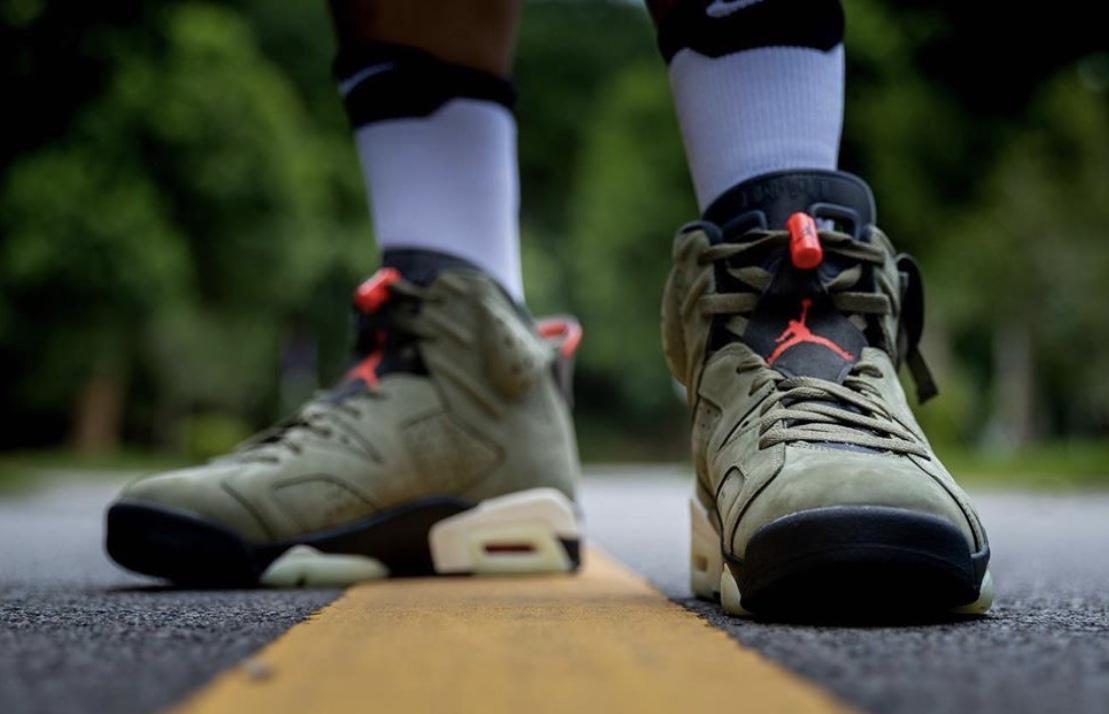 f:id:sneakerscaffetokyo:20191009175254j:plain