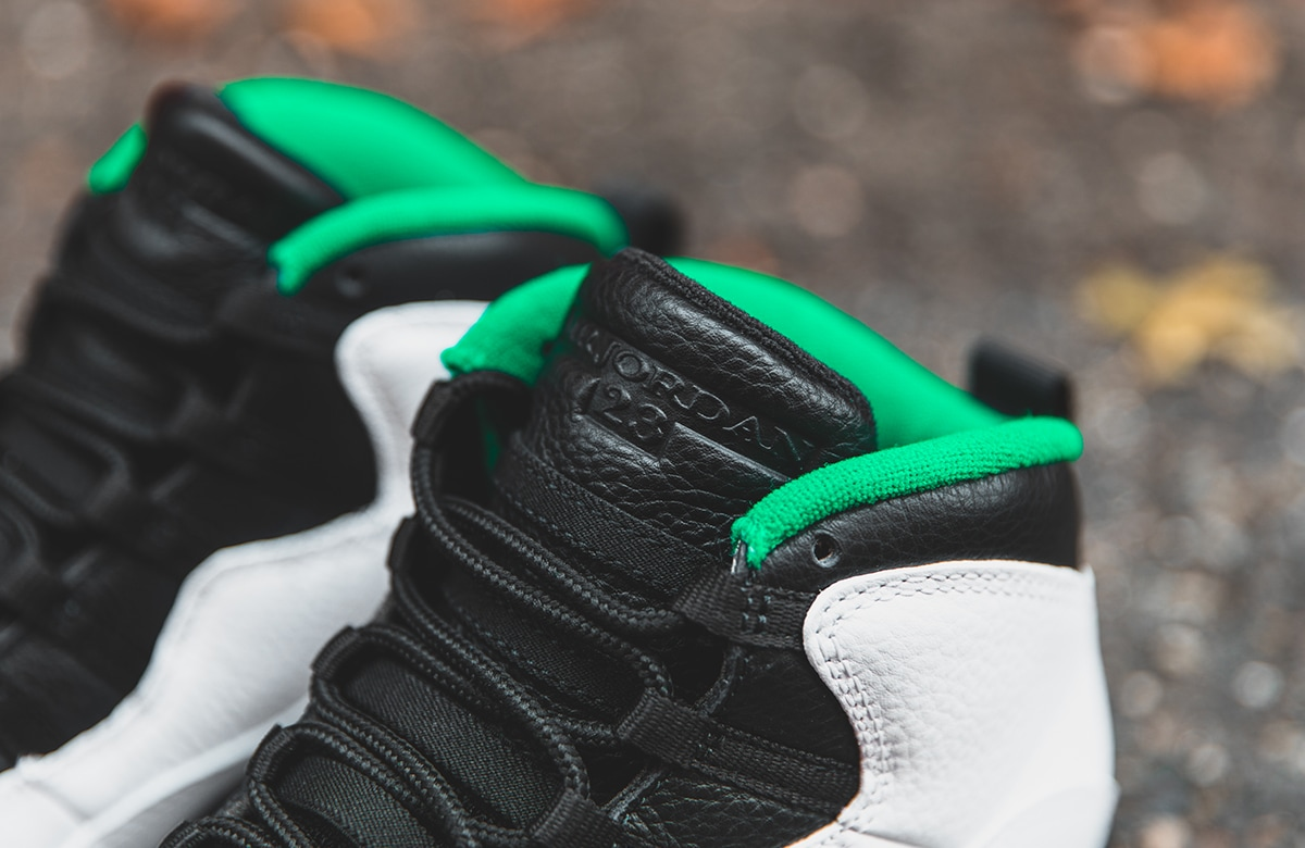 f:id:sneakerscaffetokyo:20191015103059j:plain