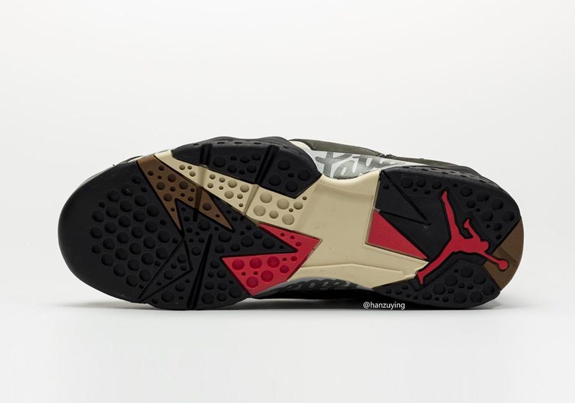 f:id:sneakerscaffetokyo:20191017090425j:plain