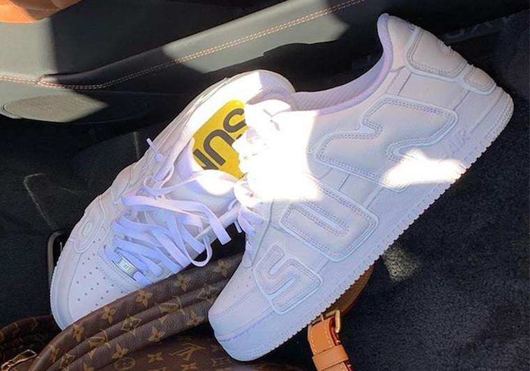 f:id:sneakerscaffetokyo:20191021113509j:plain