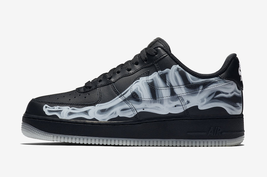 f:id:sneakerscaffetokyo:20191021183923j:plain