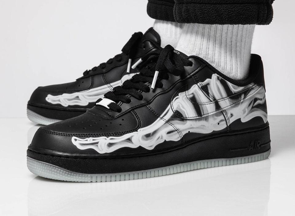 f:id:sneakerscaffetokyo:20191021184210j:plain