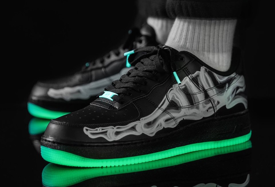 f:id:sneakerscaffetokyo:20191021184222j:plain