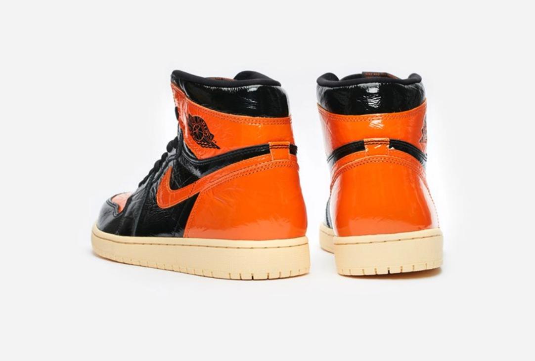 f:id:sneakerscaffetokyo:20191022171221p:plain