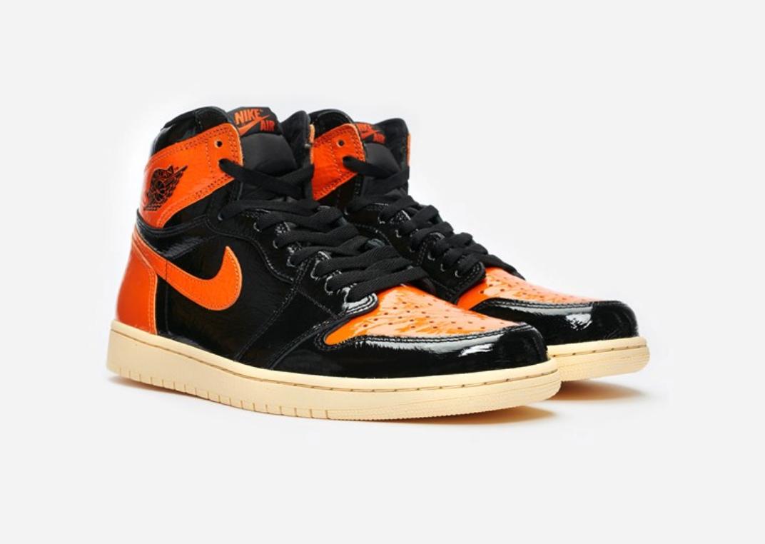 f:id:sneakerscaffetokyo:20191022171242p:plain
