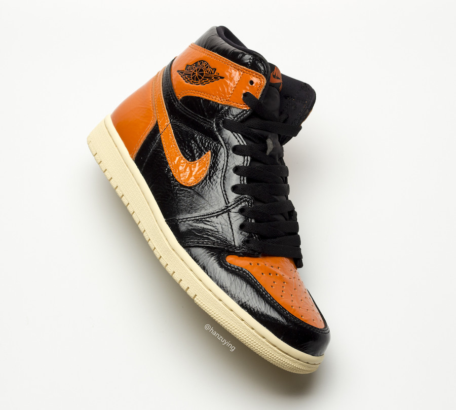 f:id:sneakerscaffetokyo:20191022171931j:plain