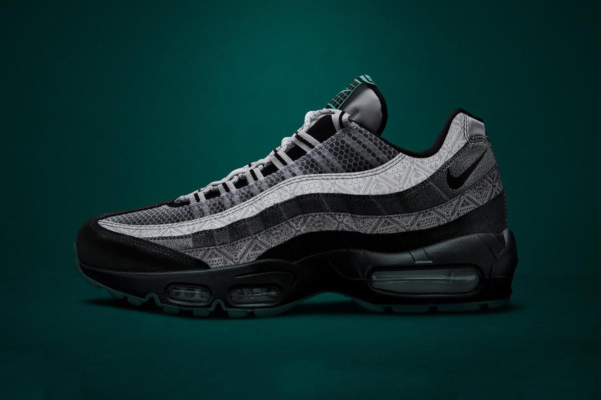 f:id:sneakerscaffetokyo:20191023185944j:plain