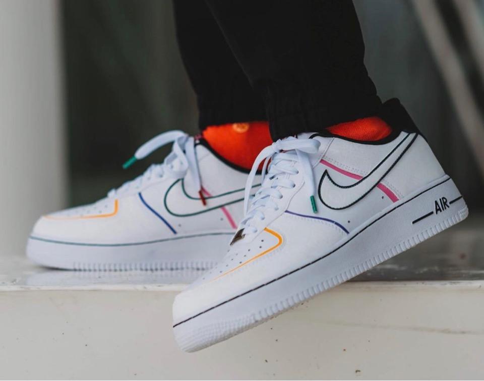 f:id:sneakerscaffetokyo:20191023191543j:plain