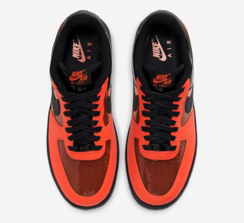 f:id:sneakerscaffetokyo:20191028090541p:plain
