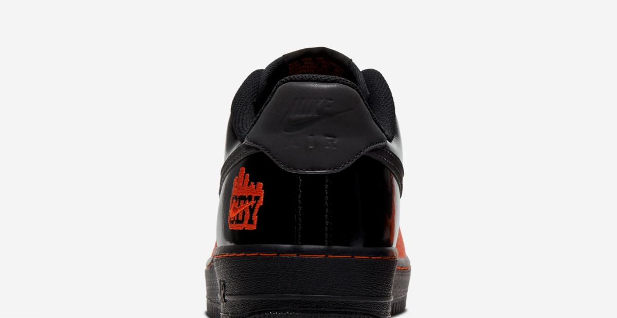 f:id:sneakerscaffetokyo:20191028090621p:plain