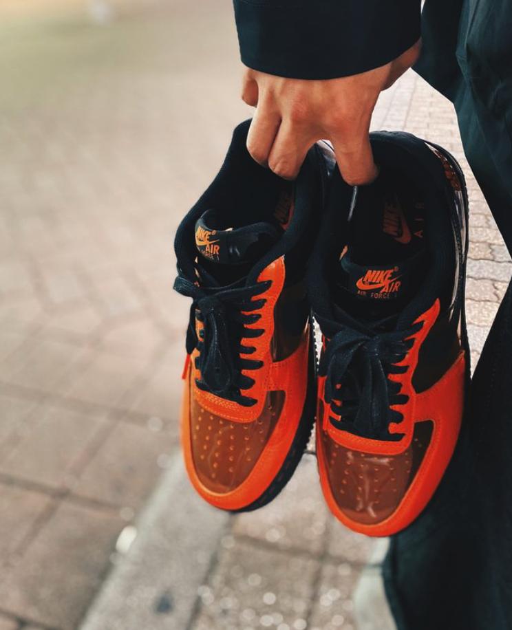 f:id:sneakerscaffetokyo:20191028092433p:plain