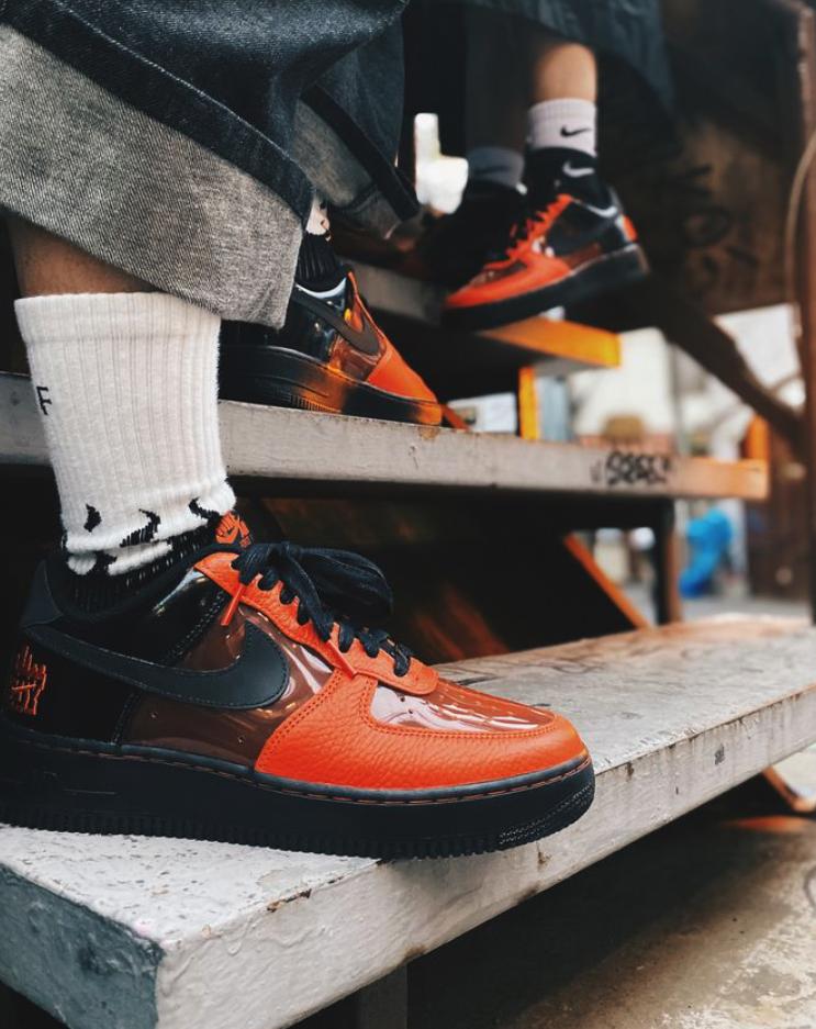 f:id:sneakerscaffetokyo:20191028092518p:plain