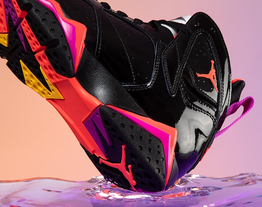 f:id:sneakerscaffetokyo:20191029142047j:plain