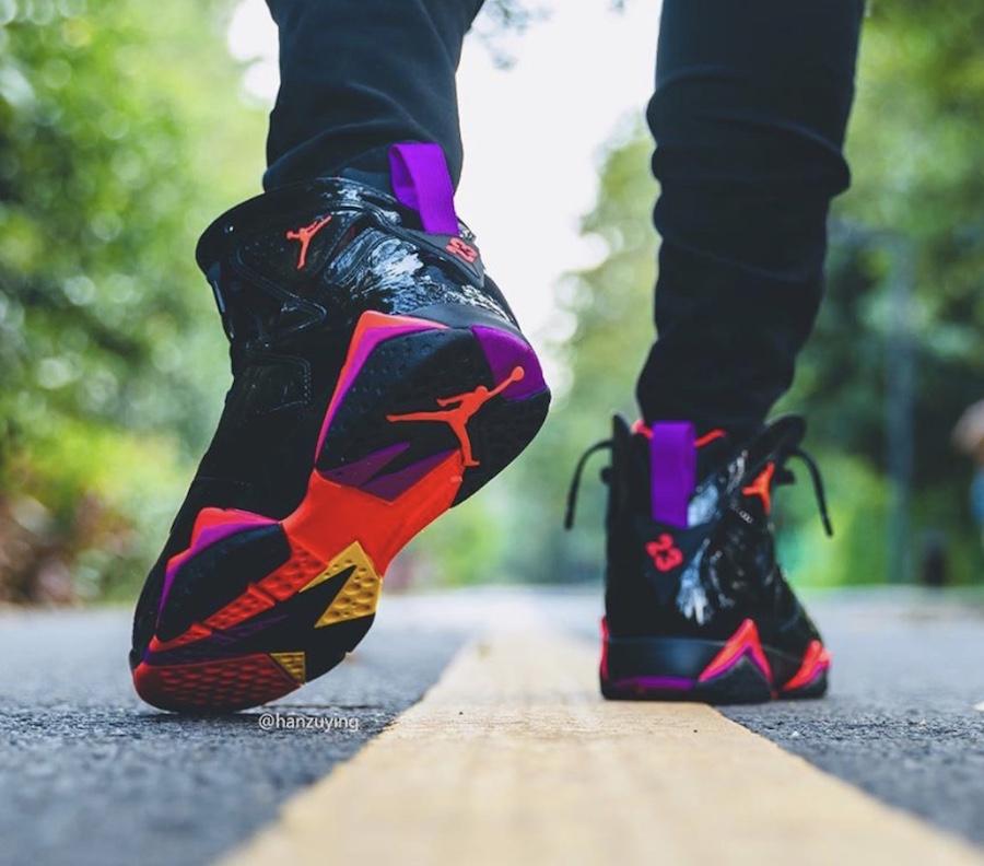 f:id:sneakerscaffetokyo:20191029142200j:plain