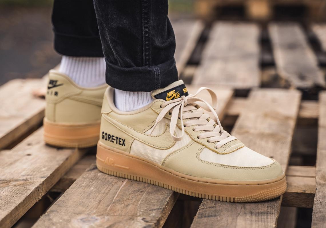 f:id:sneakerscaffetokyo:20191029165859j:plain