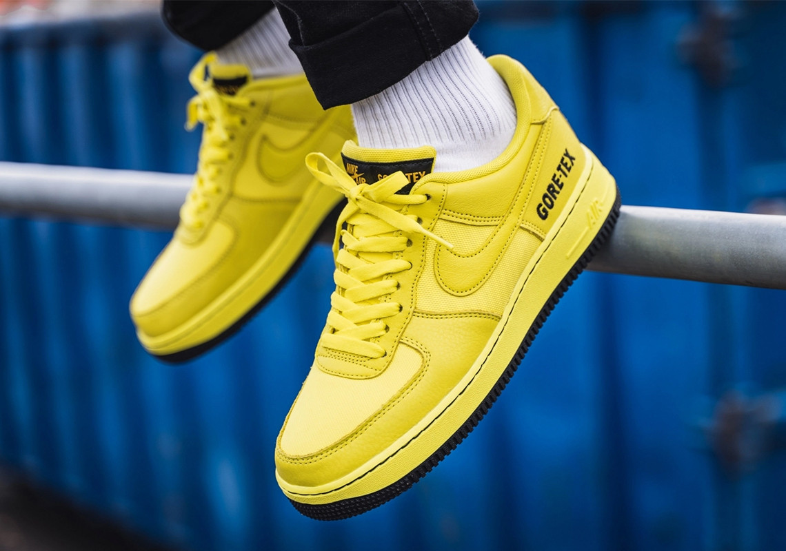 f:id:sneakerscaffetokyo:20191029170656j:plain