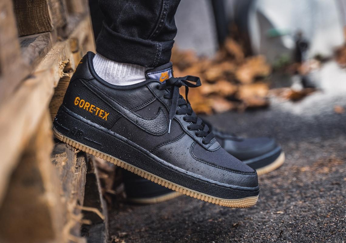 f:id:sneakerscaffetokyo:20191029171549j:plain