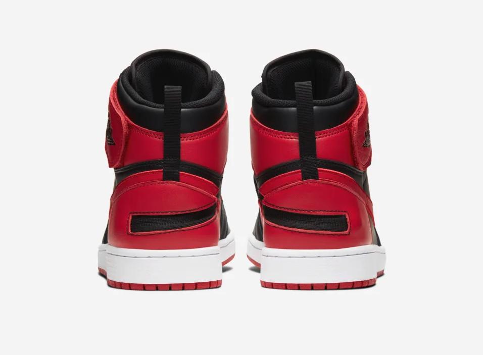 f:id:sneakerscaffetokyo:20191030154719p:plain