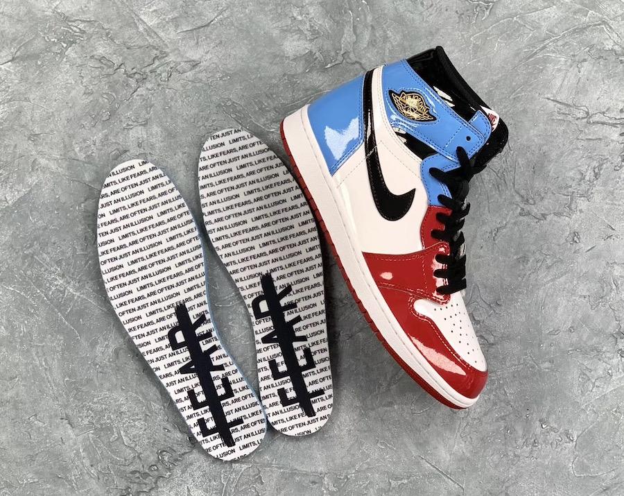 f:id:sneakerscaffetokyo:20191031082300j:plain