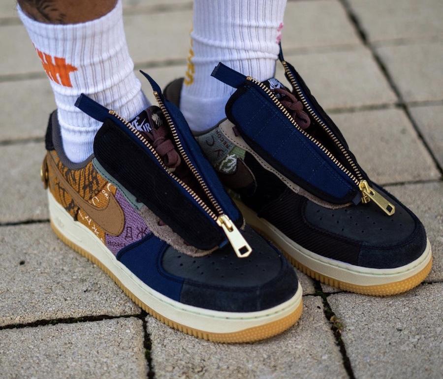 f:id:sneakerscaffetokyo:20191101093720j:plain