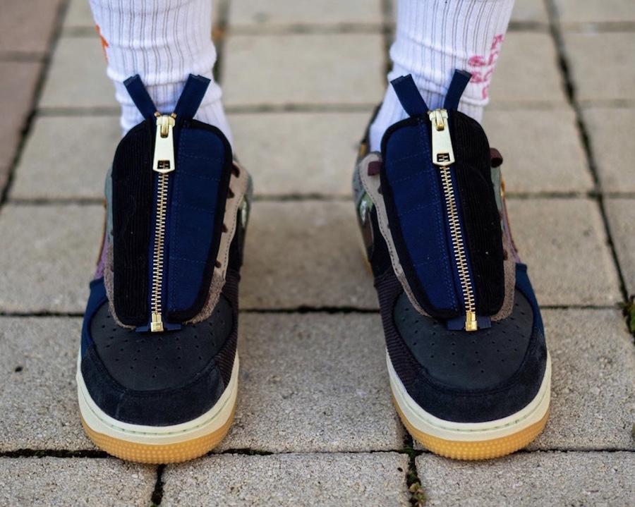 f:id:sneakerscaffetokyo:20191101093742j:plain