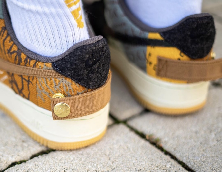 f:id:sneakerscaffetokyo:20191101093828j:plain
