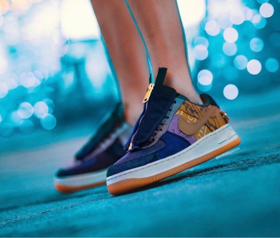 f:id:sneakerscaffetokyo:20191101094113j:plain