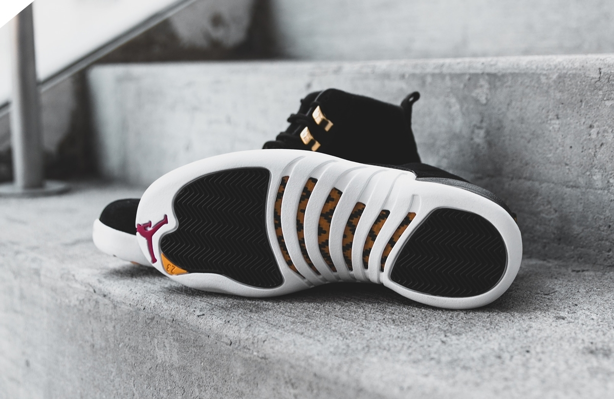 f:id:sneakerscaffetokyo:20191105100834j:plain