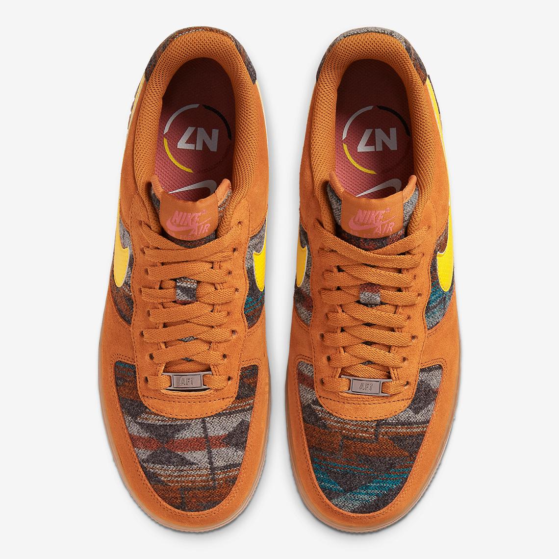 f:id:sneakerscaffetokyo:20191105170830j:plain