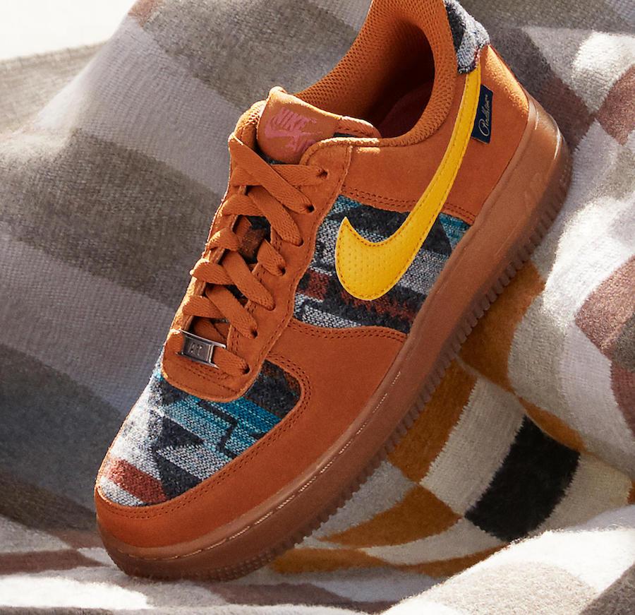 f:id:sneakerscaffetokyo:20191105172301j:plain