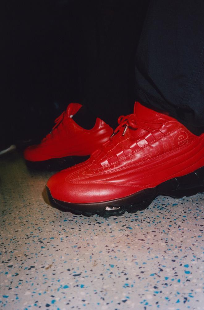 f:id:sneakerscaffetokyo:20191105191346j:plain