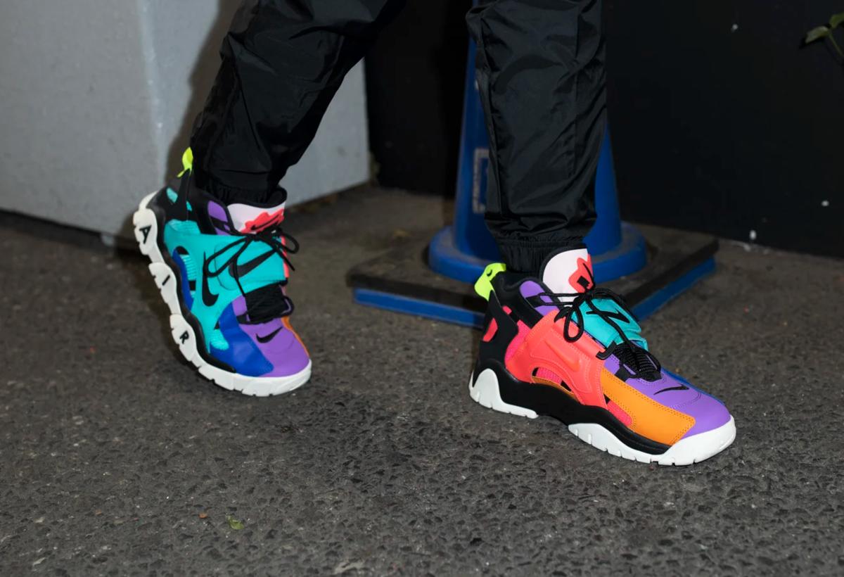 f:id:sneakerscaffetokyo:20191106174601p:plain