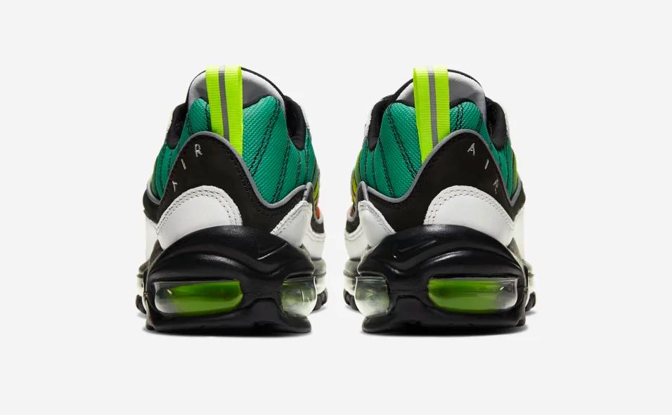 f:id:sneakerscaffetokyo:20191107173355p:plain