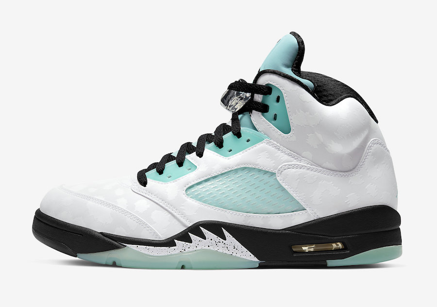 f:id:sneakerscaffetokyo:20191108145447j:plain