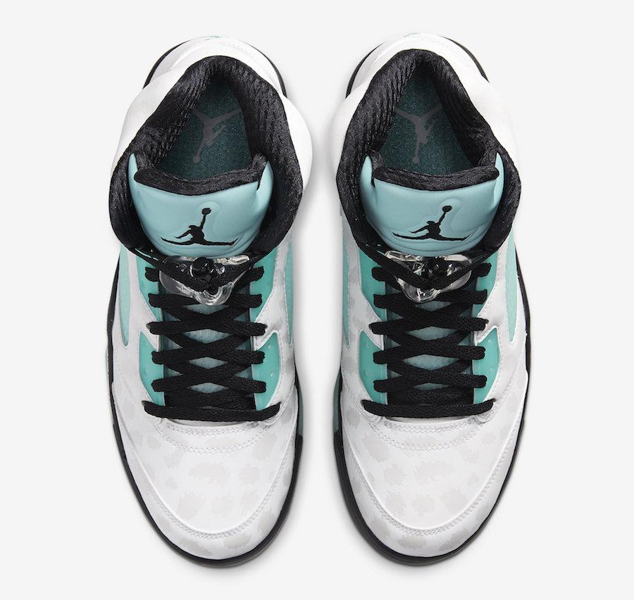 f:id:sneakerscaffetokyo:20191108145720j:plain