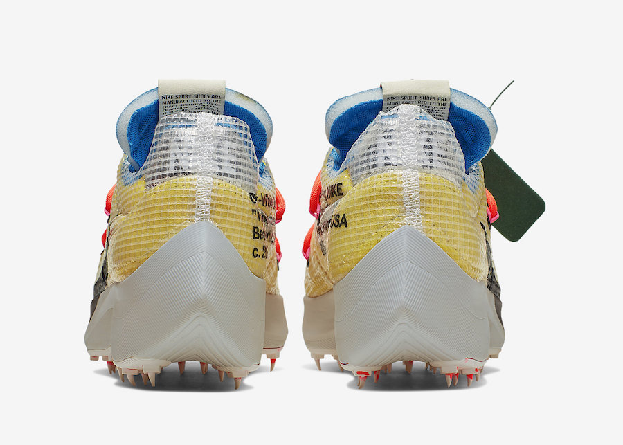 f:id:sneakerscaffetokyo:20191111095912j:plain