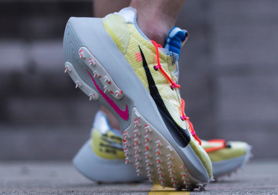 f:id:sneakerscaffetokyo:20191111100429j:plain