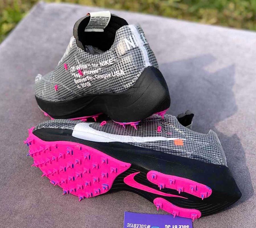 f:id:sneakerscaffetokyo:20191111102510j:plain