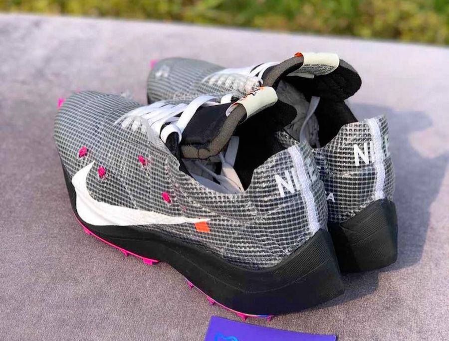 f:id:sneakerscaffetokyo:20191111102523j:plain