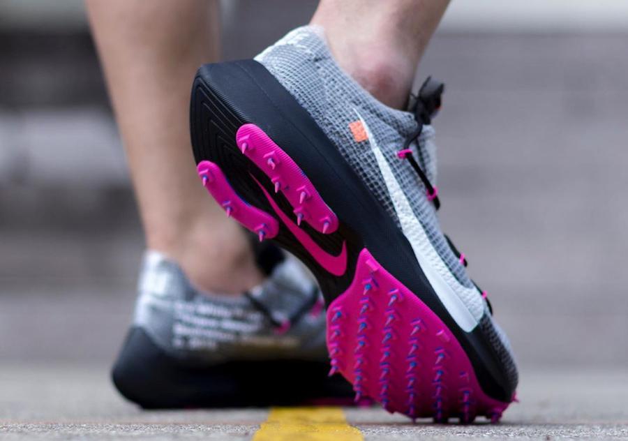 f:id:sneakerscaffetokyo:20191111102633j:plain