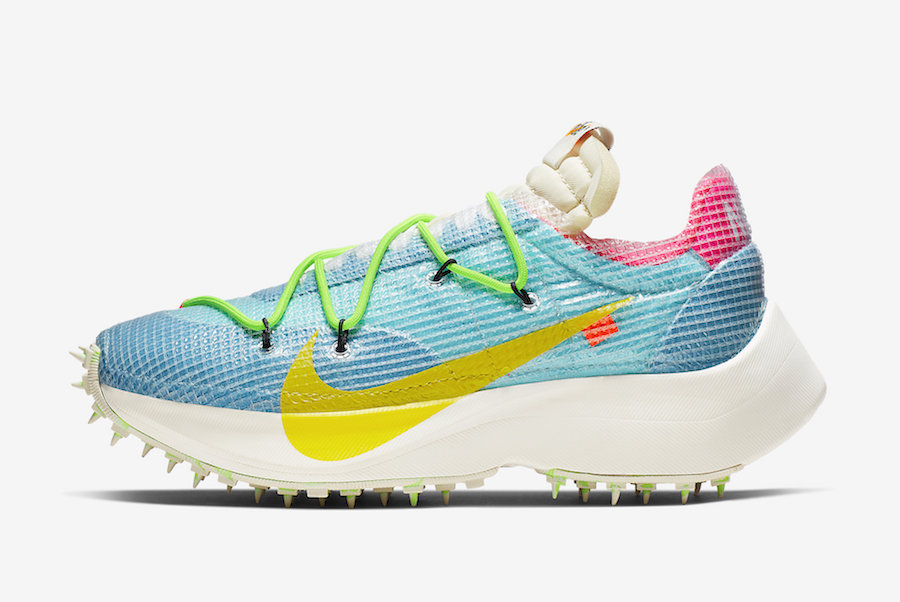 f:id:sneakerscaffetokyo:20191111103214j:plain