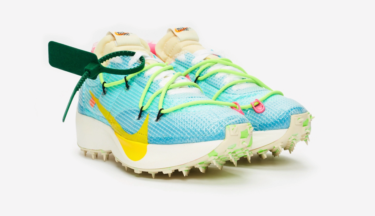 f:id:sneakerscaffetokyo:20191111103513p:plain
