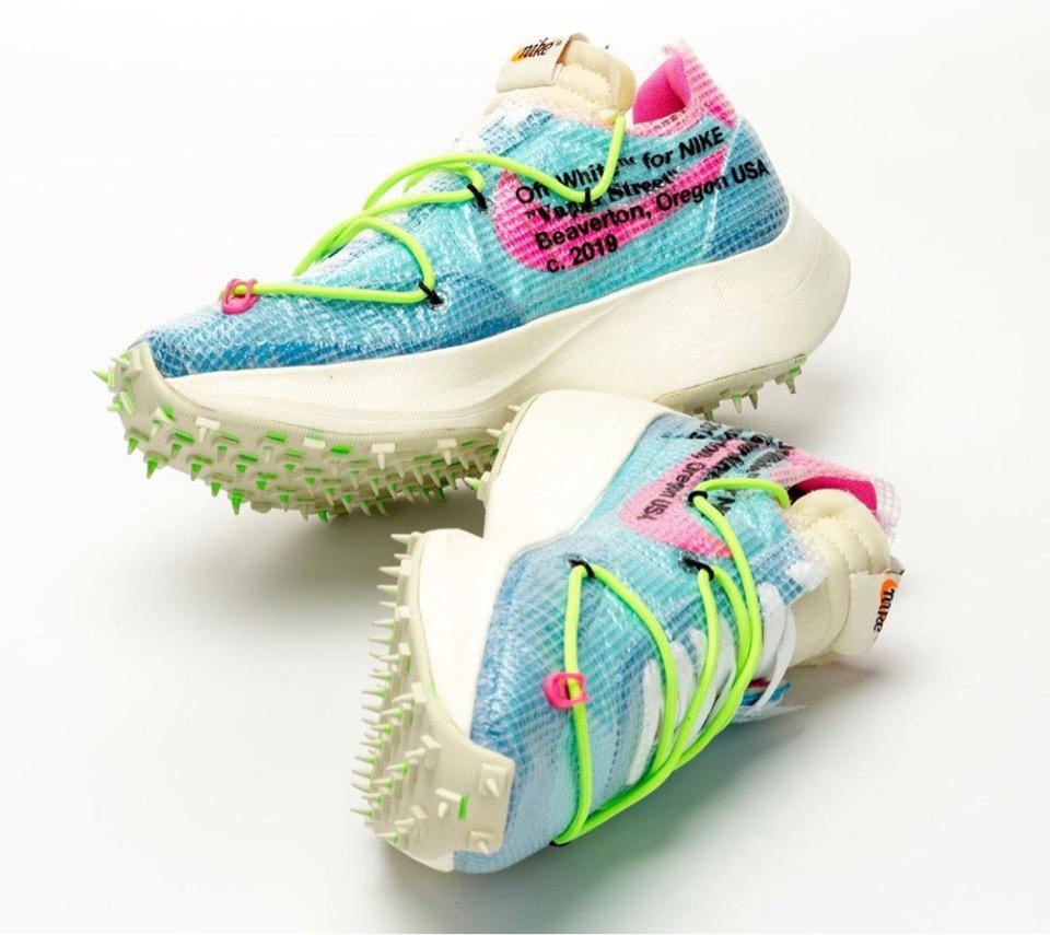 f:id:sneakerscaffetokyo:20191111103655j:plain